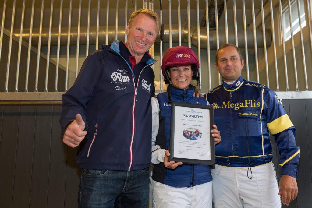 Prinsesse Märtha  Louise fikk i dag midlertidig amatørlisens som kusk etter å ha bestått prøveløpet med Kick Off Classic